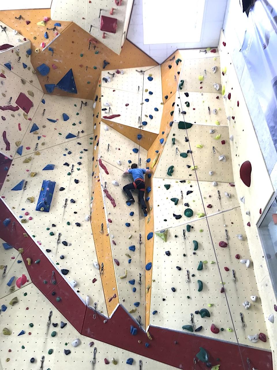 Kletterer 1 Halle